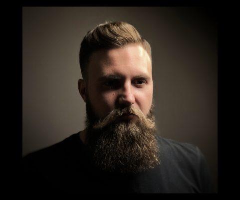 Barbería Bearbero Modelo de barba y pelo